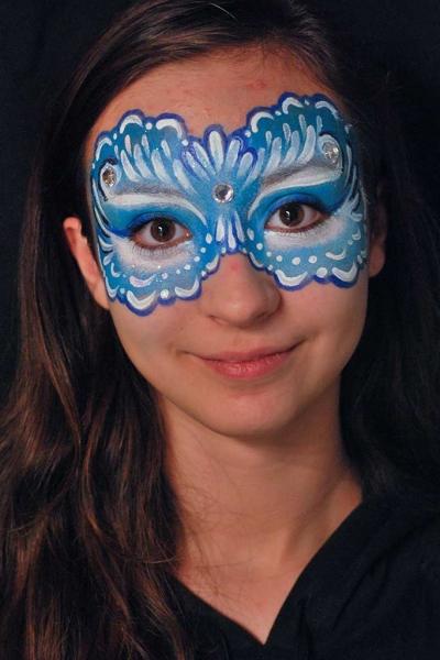 Bodypainter, Pittrice, Pitture murali   Marzia Bedeschi: blue eye mask